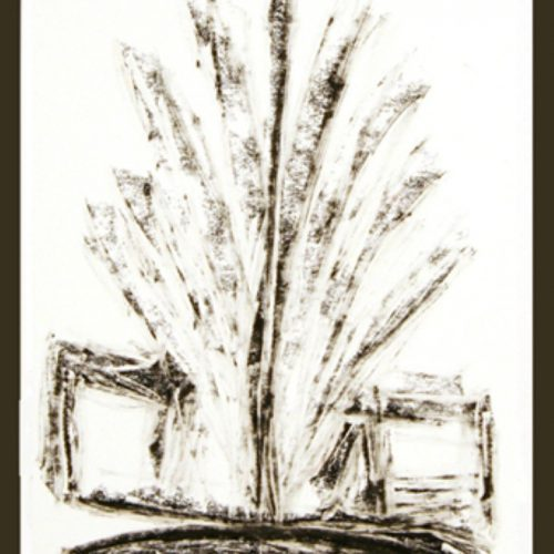הונזו דוד בן שלום וחלק מבובות ההצגה המלך בור על רקע תפאורת הקיבוץ, שנות ה-40, אוסף עירית פטרקובסקי, באדיבות המשפחה